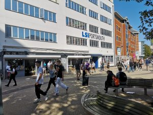 Cafe 113 and LSI Portsmouth on a sunny day