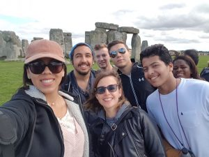 LSI Portsmouth students take selfie at Stonehenge