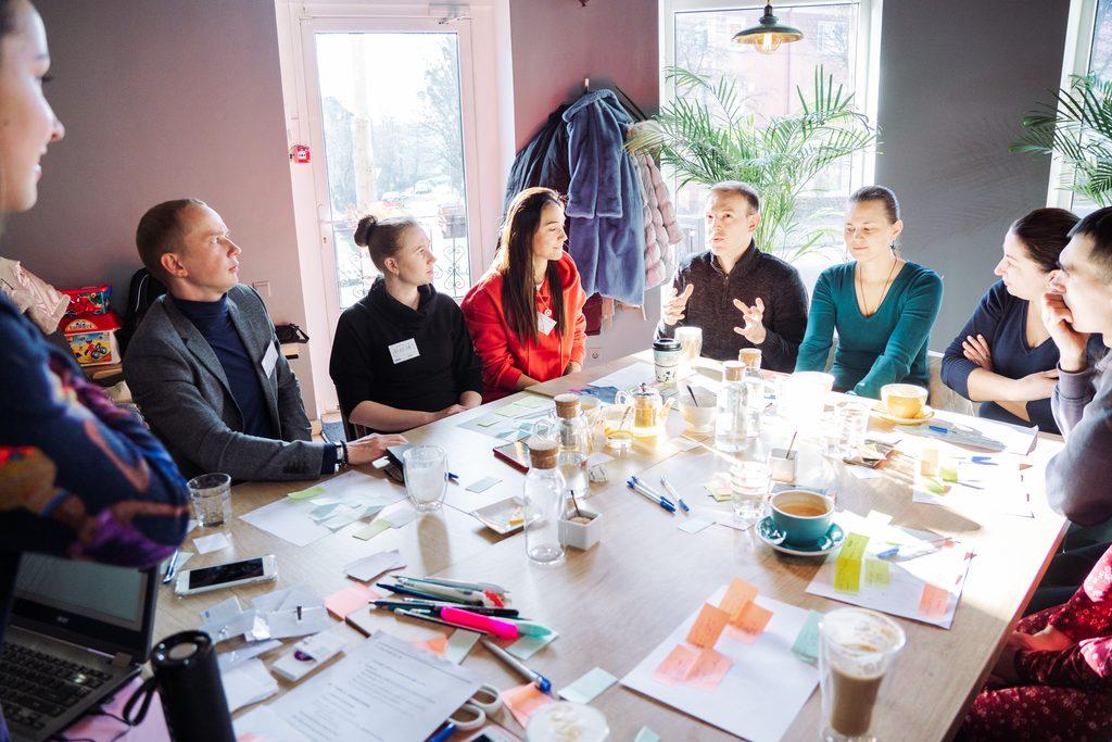 conversing in English in Kaliningrad